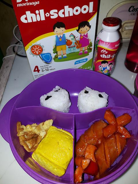 Bekal Sekolah : Nasi Panda Dan Sosis Asam Manis