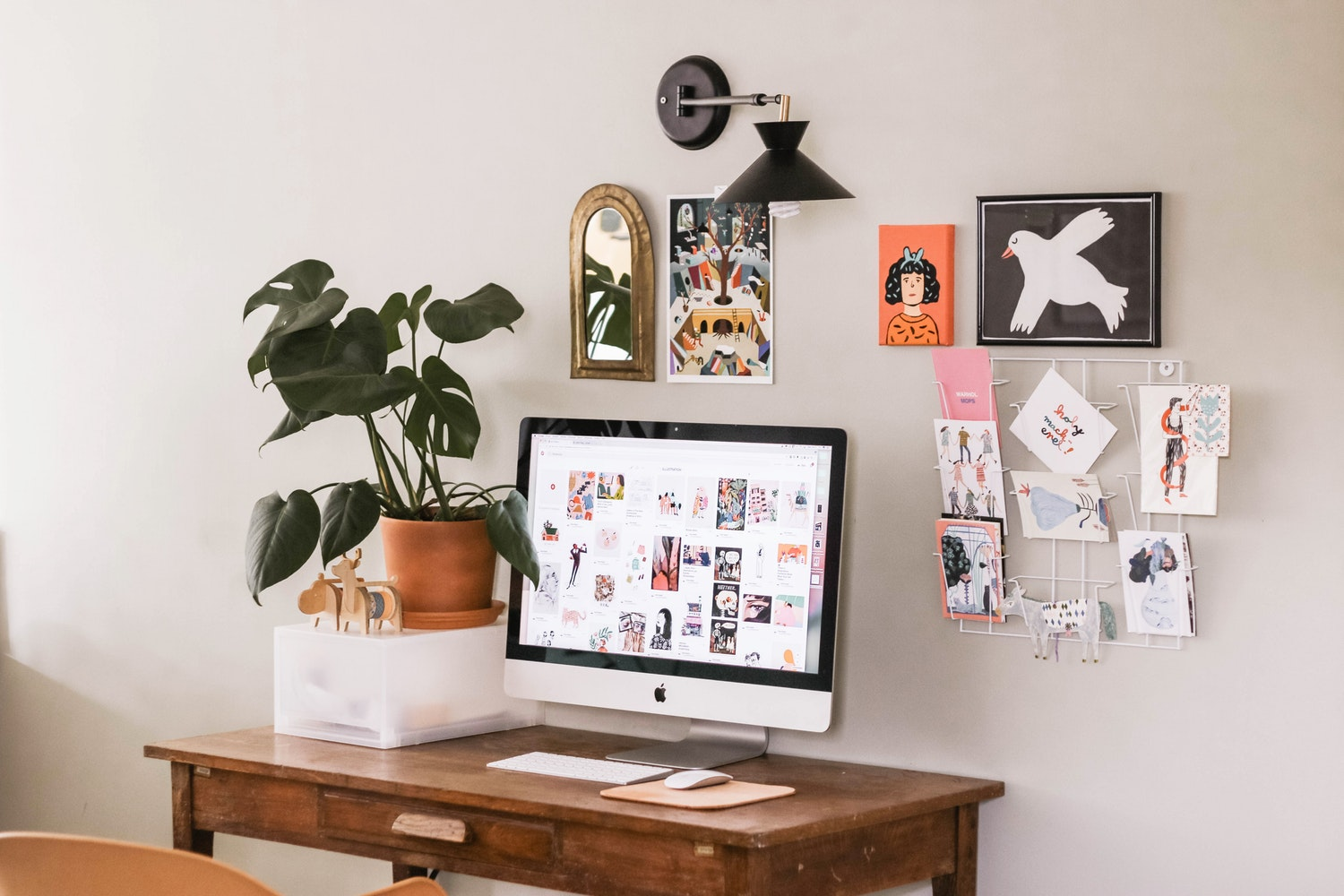 Less Is More: A Guide To Designing Your Home Office
