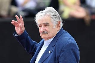 """Mujica : """"Apologia della Sobrietà"""":"""