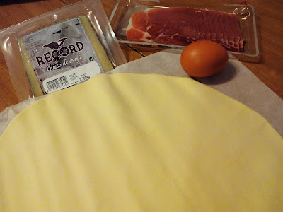 Hojaldrados-queso-oveja-jamon-1