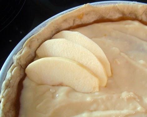 Elaboración de la tarta de manzana con crema