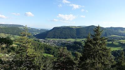 Blick vom Ellbogen-Trail auf Mümliswil