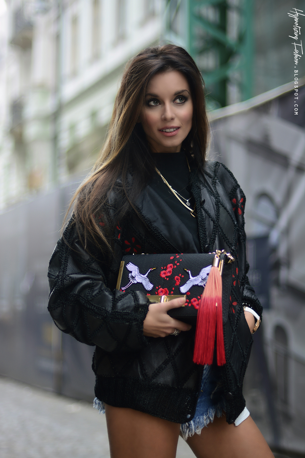 Red Is Bad But Black Red Is So So Bad Street Style Rock