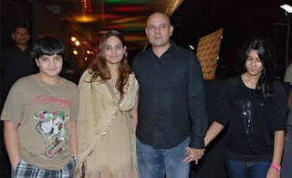 Atul Agnihotri Family Wife Son Daughter Father Mother Marriage Photos Biography Profile.
