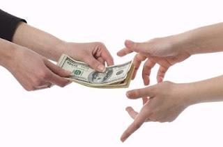 perbedaan pengajuan pinjaman gadai BPKB di bank Dan di leasing dari mulai persyaratan hingga suku bunga