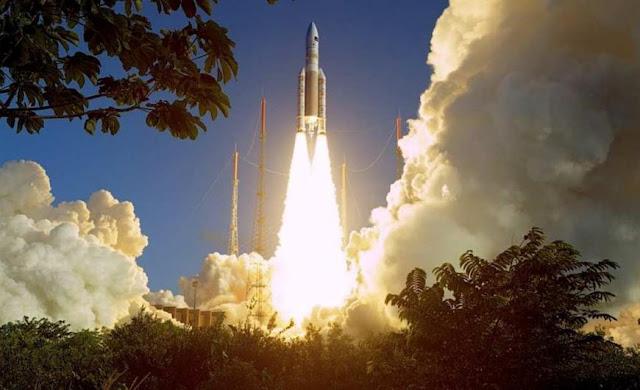 Με επιτυχία η εκτόξευση του Hellas Sat 3