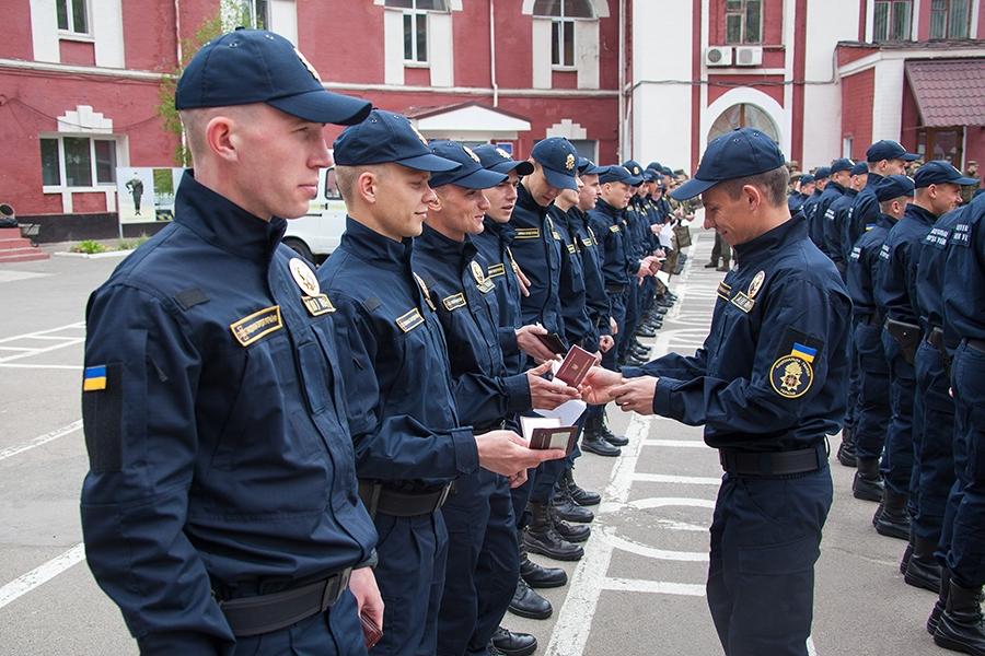 Ukrainian Military Pages - Нацгвардія забезпечуватиме охорону громадського порядку під час «Євробачення-2017» у новій формі