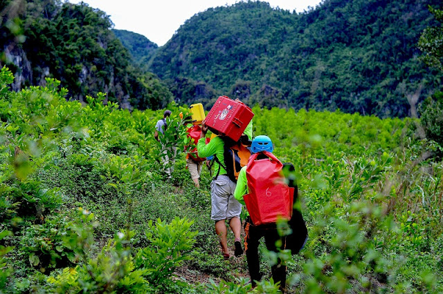 Tours to new cave in Quang Binh now open 9
