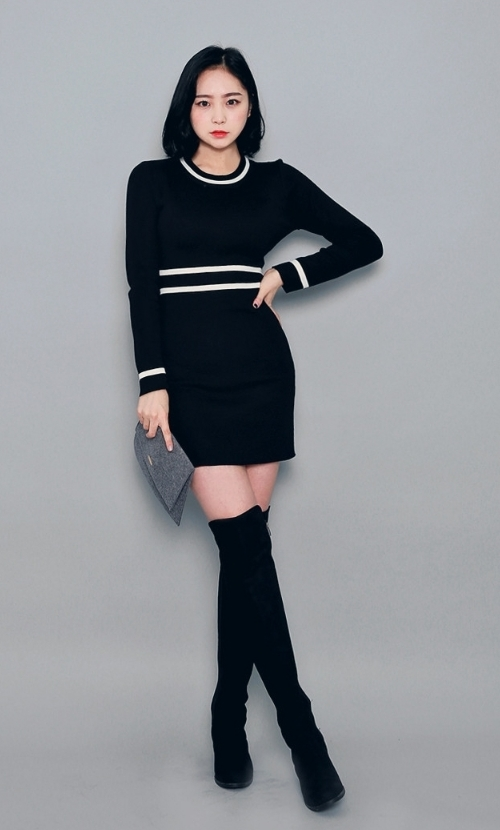 Striped Accents Sheath Silhouette Dress