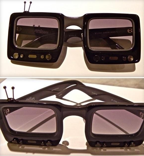 b70460537f que dan un producto como estas gafas TV. Son dignas de mi amiga Susana del  Pino, realizadora de Versión Española