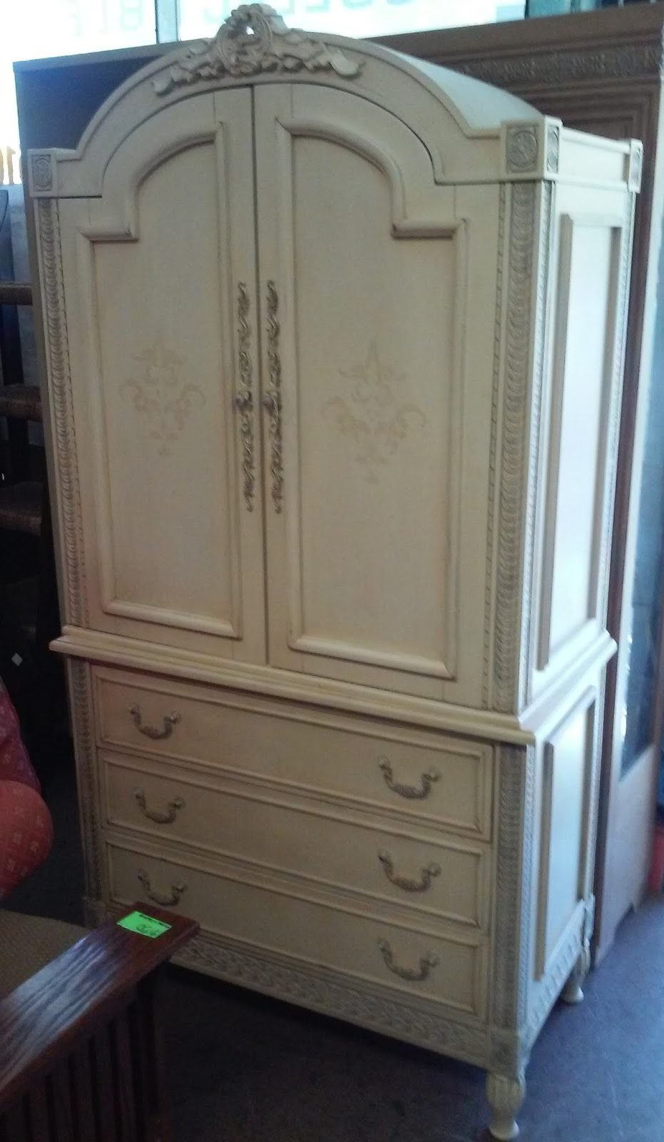 Exceptionnel SOLD Jaclyn Smith Largo French Style Bedroom Armoire   $275