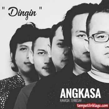Lirik Lagu Angkasa Band - Dingin