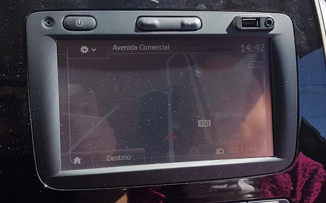 Renault Kwid 2018 - sistema multimídia