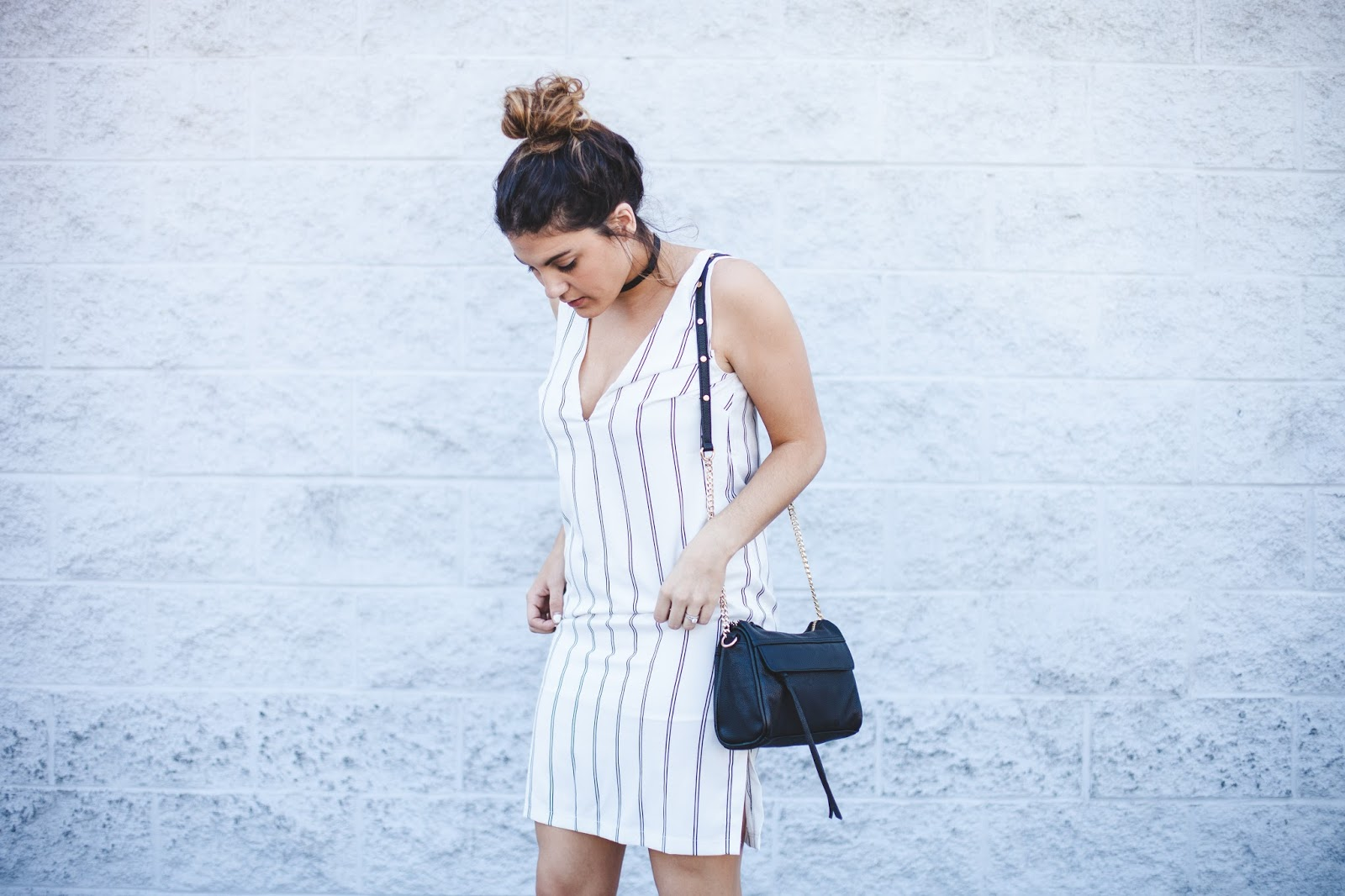 Plunging Shift Dress from Tobi - Blogger My Cup of Chic