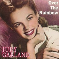 http://lachroniquedespassions.blogspot.fr/2013/11/judy-garland-somewhere-over-rainbow.html
