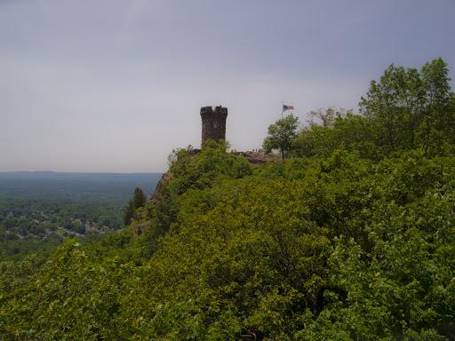 Castle Craig - Metacomet  Trail - Connecticut