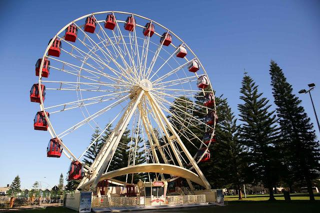 The Tourist Wheel at the Esplanade Park in Fremantle, WA, Australia