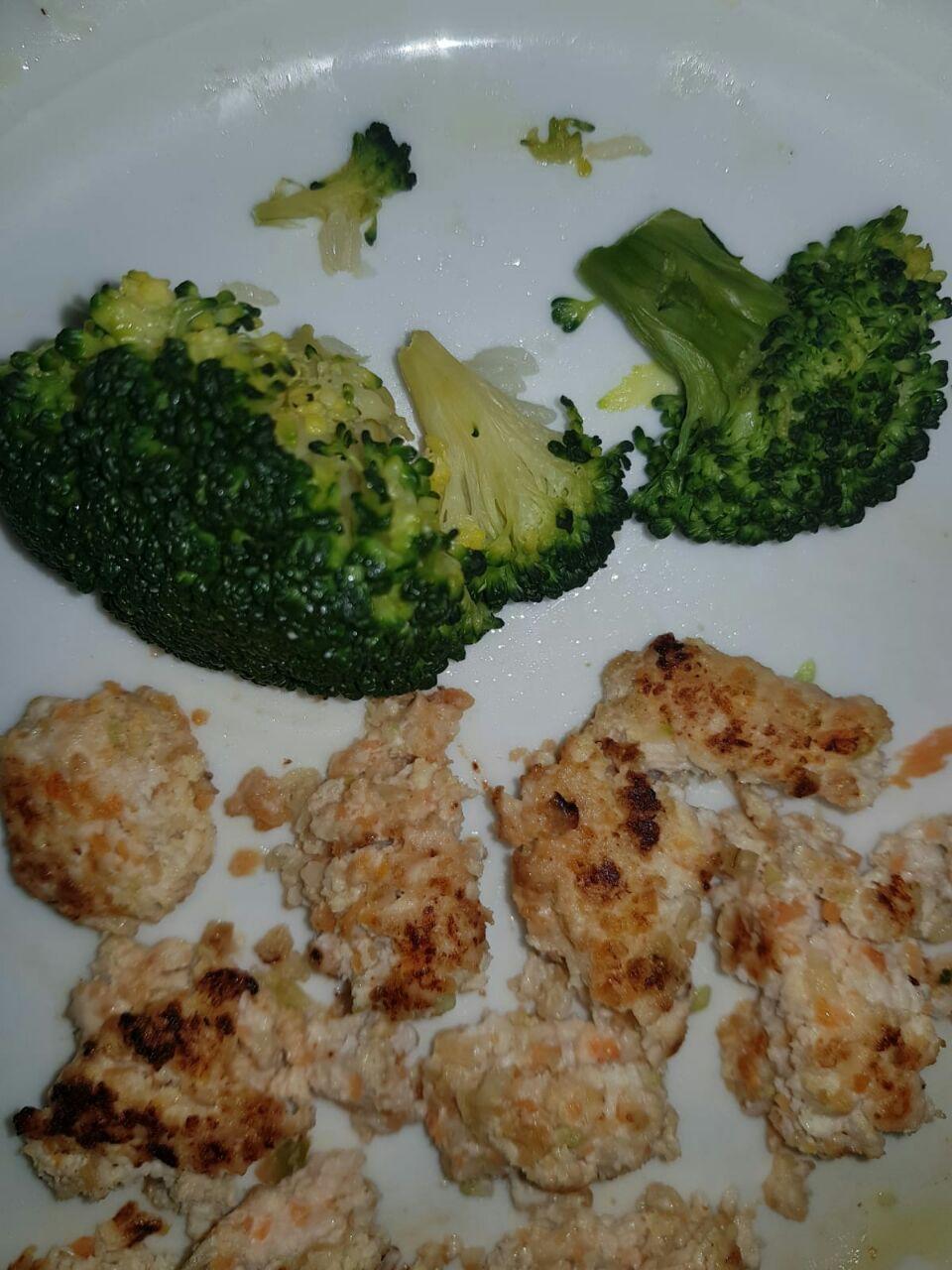 Hamburguesa de pollo con verduras receta BLW