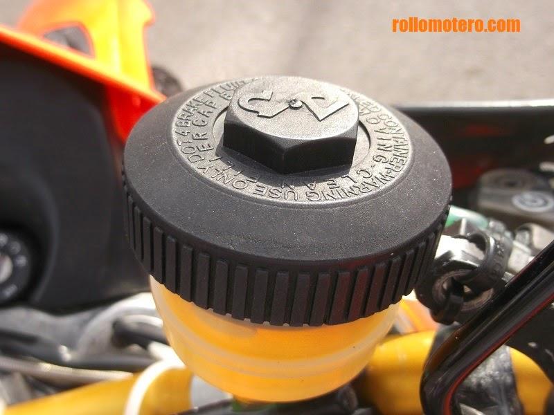 Radial brake pump