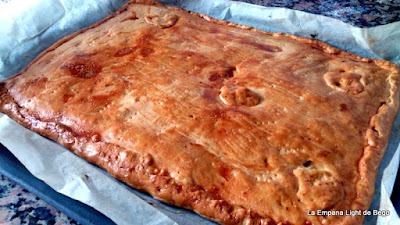http://laempanalightdebego.blogspot.com.es/2014/10/empanada-de-pisto-y-atun-con-masa-casera.html