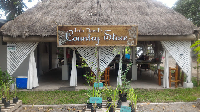 Lolo Davids Country Store
