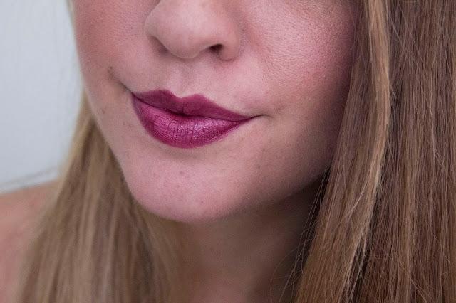 Gold Obsession L'Oréal rouges à lèvres Plum Gold