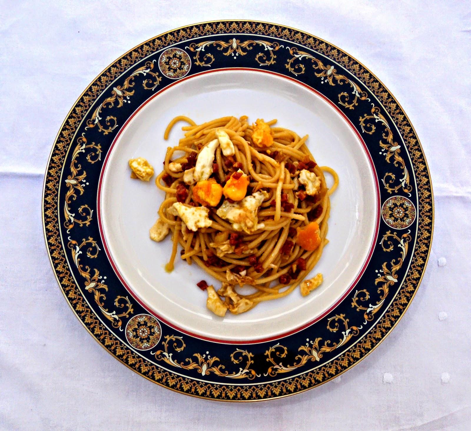 espaguetis-salsa-soja-presentacion