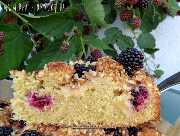 Apfel-Brombeer-Kuchen LECKER Bakery | Foodblog rehlein backt