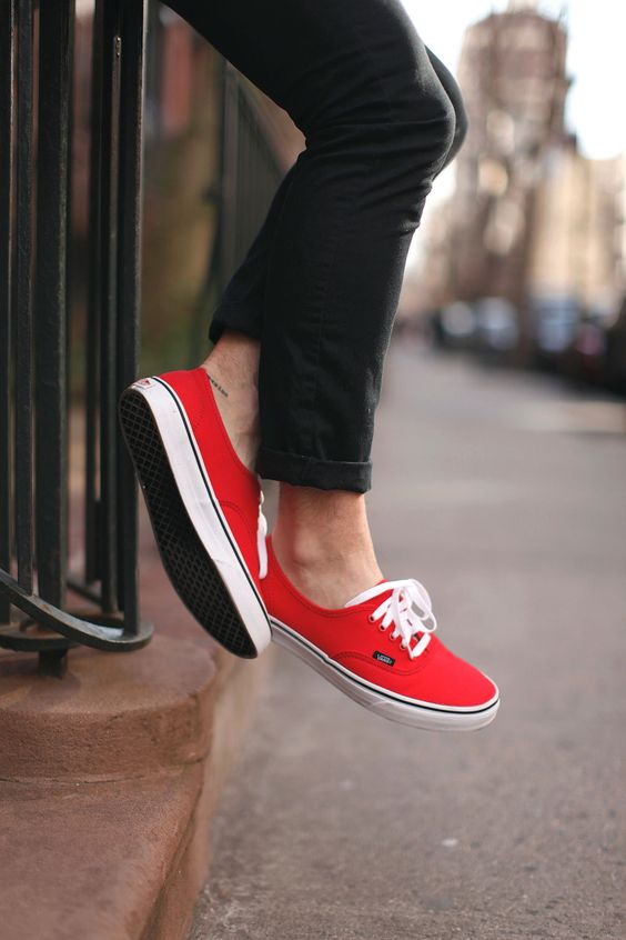 O Vermelho é uma das Tendências de Cores para o Verão 2018 na Moda Masculina.