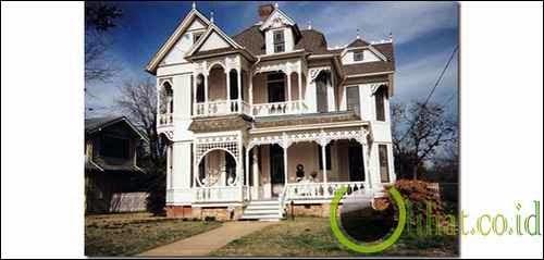 Rumah Bergaya Victoria
