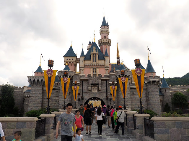 Sleeping Beauty Castle | Disneyland Hong Kong