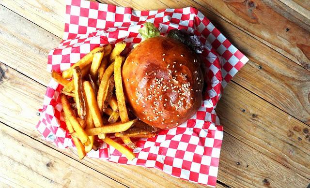 Besançon, vegan, veggie burger, rivotte, bonnes adresses besançon, burger, blogger