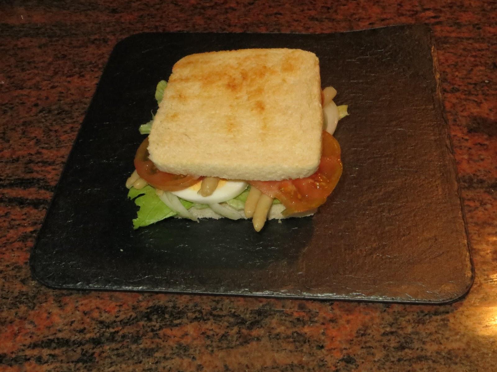 calorias sandwich vegetal con mayonesa