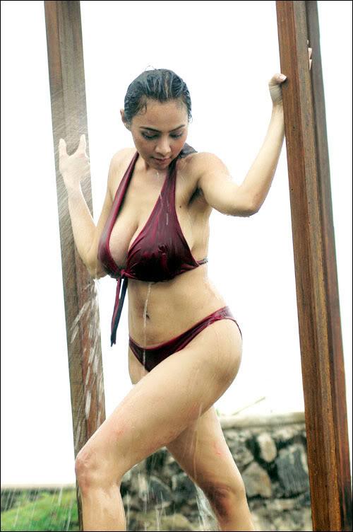 Bank bikini pic tyra