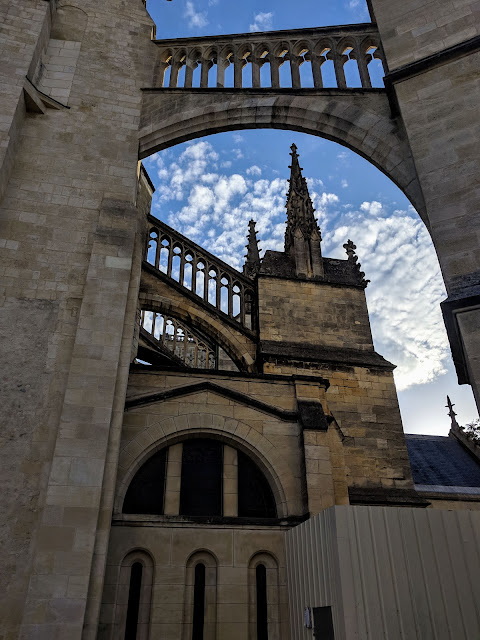 3 days in Bordeaux in October: Outside Bordeaux Cathedral