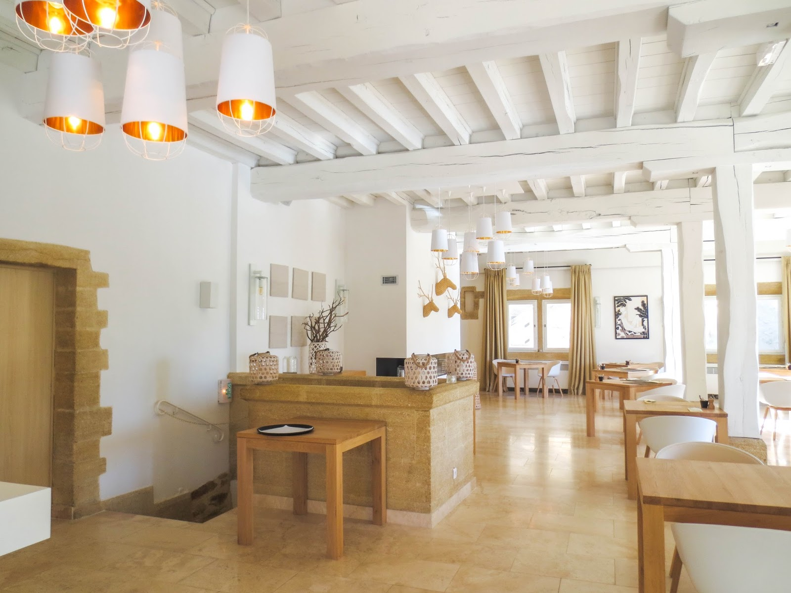 Le Vieux Castillon: Hotel and Restaurant in Provence, France ...