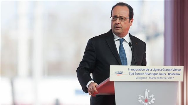 French President Francois Hollande vows to 'do everything' to stop Marine Le Pen victory