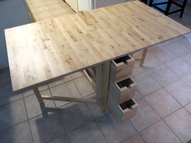 Sew Saay Great Sewing Table