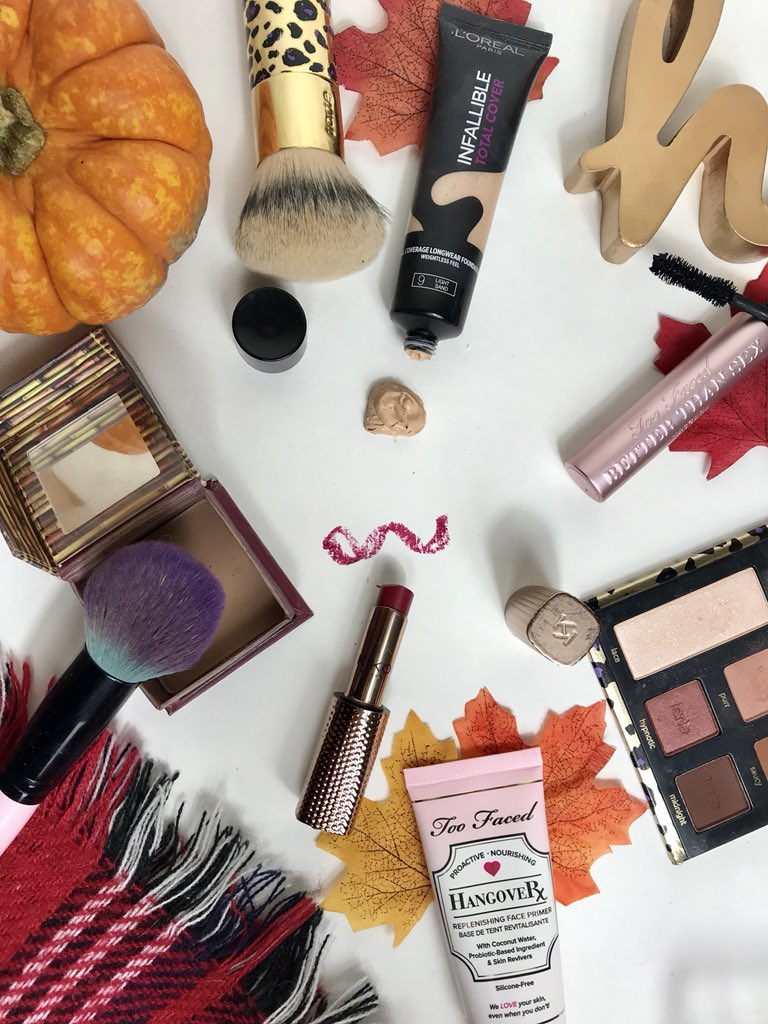 Make up mistakes flatlay