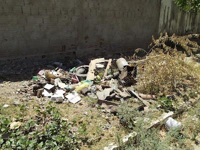 Resultado de imagem para lixo toma de conta das ruas de Upanema