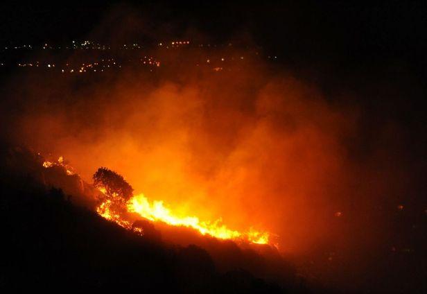 Israel Dijilat Api