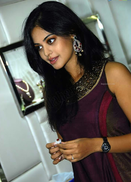 young Model pic, lovely Indian Model girls pic