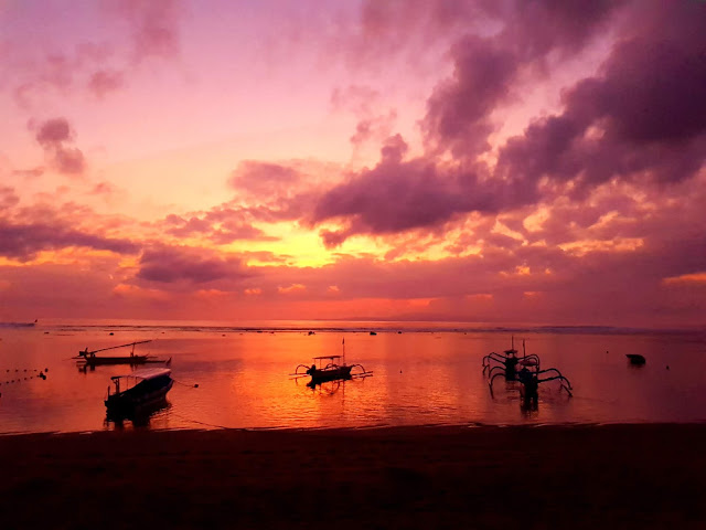 Alba Spiaggia di Sanur-Bali
