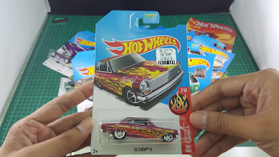 Hot Wheels Super Treasure Hunt 63 Chevy II