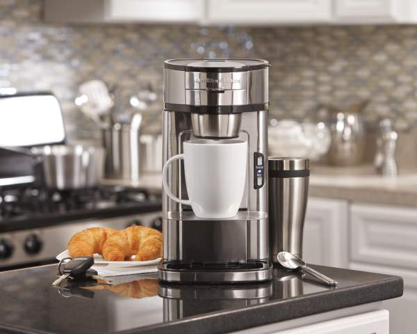 Mesin pembuat kopi ukuran kecil