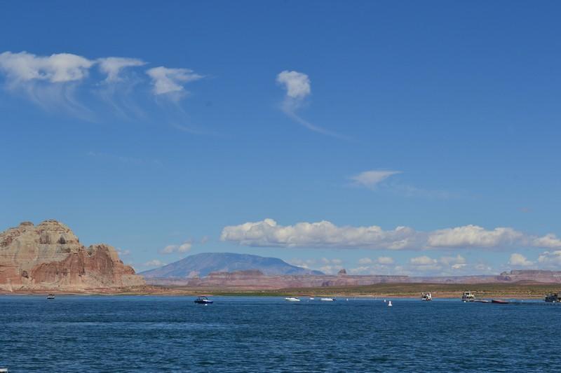 wahweap rv park, glen canyon, lac powell utah, marina