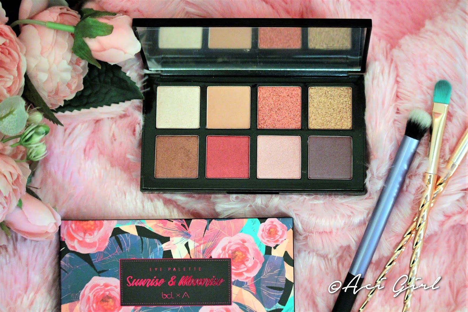 Althea Sunrise and Moonrise Eye Pallete
