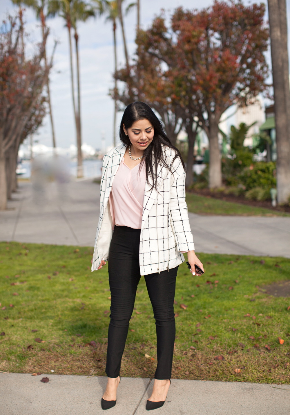 Brunette Blogger, What to wear to the office, hip professional attire, san diego street style