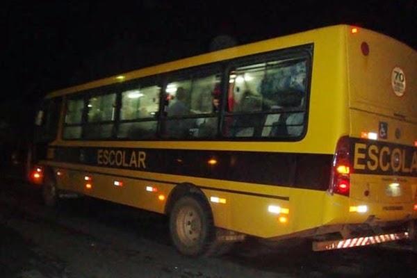 URGENTE: Estudantes vivem momentos de terror em mais um assalto a ônibus em Alagoinhas