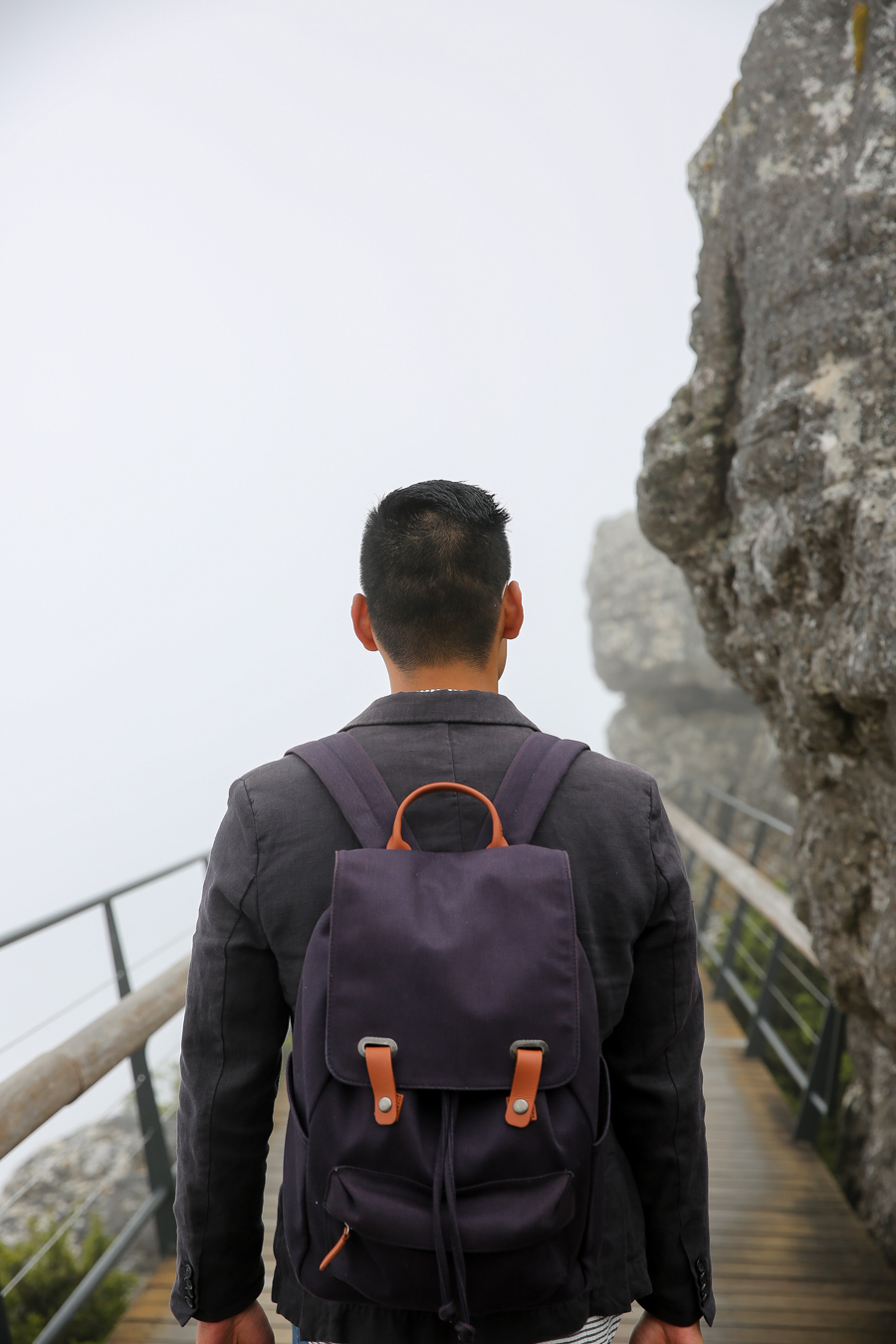 Table Mountain, Everlane Backpack, Levitate Style, Travel, Menswear, Cape Town, What to Wear
